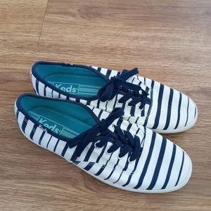Keds   Champion Striped Sneaker
